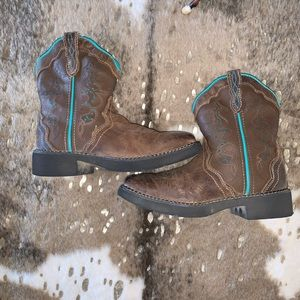 Justin Gypsy Western Boots 2.5 D Kids